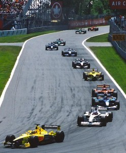 First_lap_2001_Canada